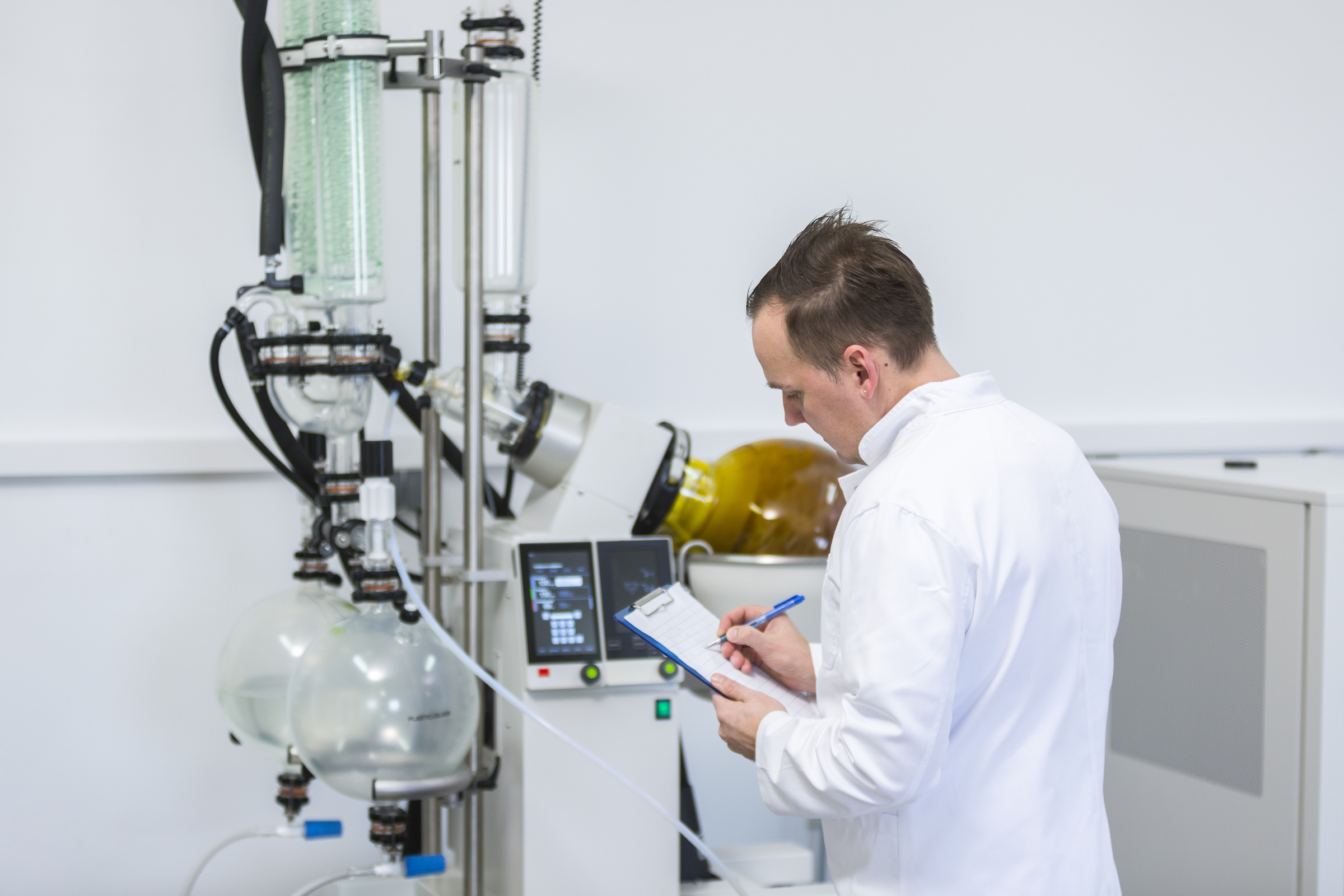 Safe Hazmat Storage Compliance in the Growing Cannabis Extraction Industry